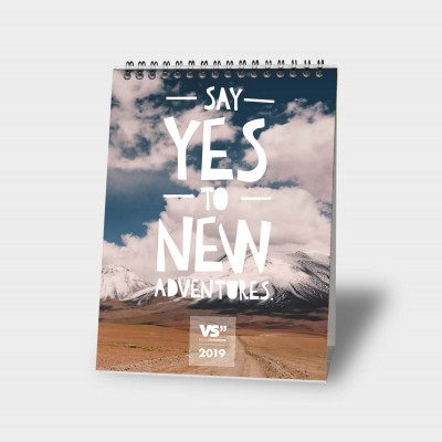 Say yes to new adventures  A5 - Monatstischkalender 2019