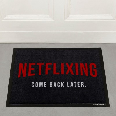 Netflixing come back later - Fußmatte