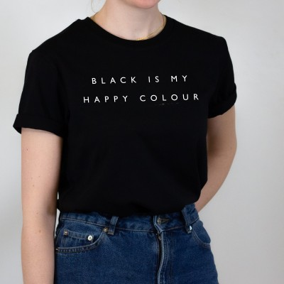 """Black is my happy colour - schwarzes T-Shirt mit Spruch von VS"""""""