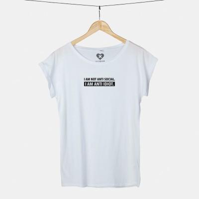 I am not anti social. I am anti idiot - weißes T-Shirt von wrdprn