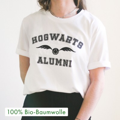 Hogwarts Alumni - Harry Potter T-Shirt von VS""